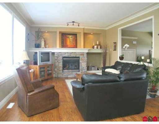 """Photo 2: Photos: 19667 68TH Avenue in Langley: Willoughby Heights House for sale in """"ROUTLEY RIDGE"""" : MLS®# F2716897"""