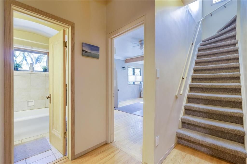 Photo 20: Photos: 906 North Drive in Winnipeg: East Fort Garry Residential for sale (1J)  : MLS®# 202116251