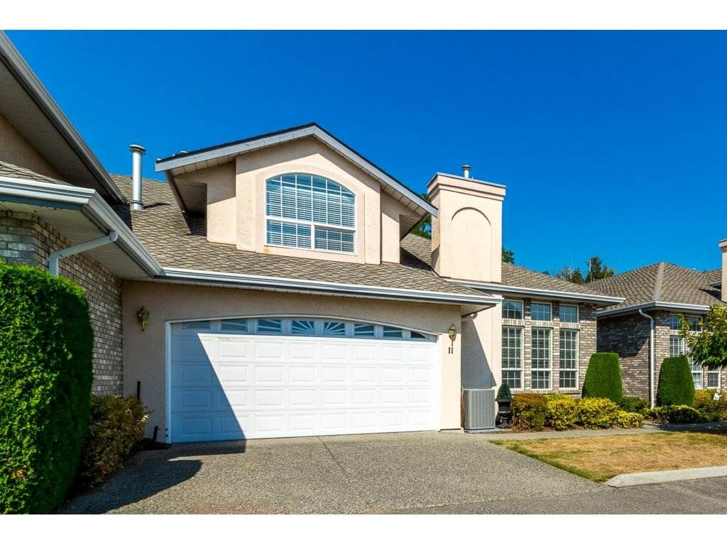 """Main Photo: 11 31445 UPPER MACLURE Road in Abbotsford: Abbotsford West Townhouse for sale in """"Ponderosa Heights"""" : MLS®# R2303169"""