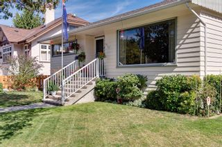Photo 36: 1907 Stanley Ave in : Vi Fernwood House for sale (Victoria)  : MLS®# 886072