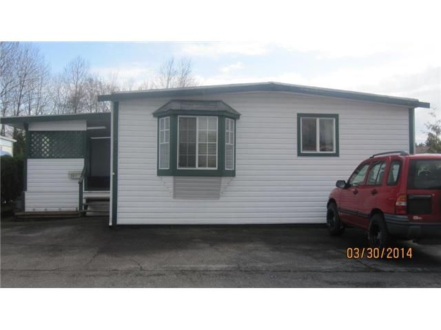 """Main Photo: 301 201 CAYER Street in Coquitlam: Maillardville Manufactured Home for sale in """"WILDWOOD PARK"""" : MLS®# V1055865"""