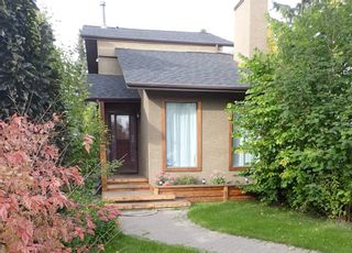 Main Photo: 242 22 Avenue NW in Calgary: Tuxedo Park Detached for sale : MLS®# A1084761