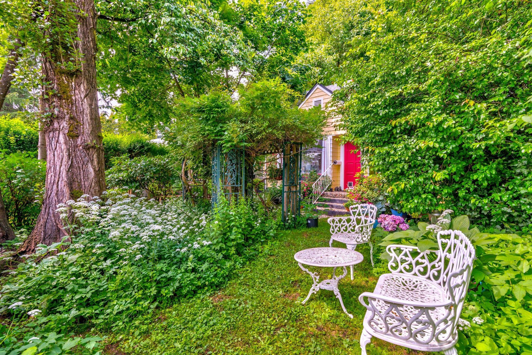 Photo 5: Photos: 20623 114 Avenue in Maple Ridge: Southwest Maple Ridge House for sale : MLS®# R2465656