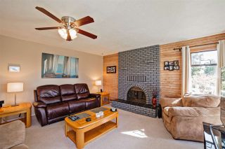 Photo 3: 8375 ASTER Terrace in Mission: Mission BC House for sale : MLS®# R2259270