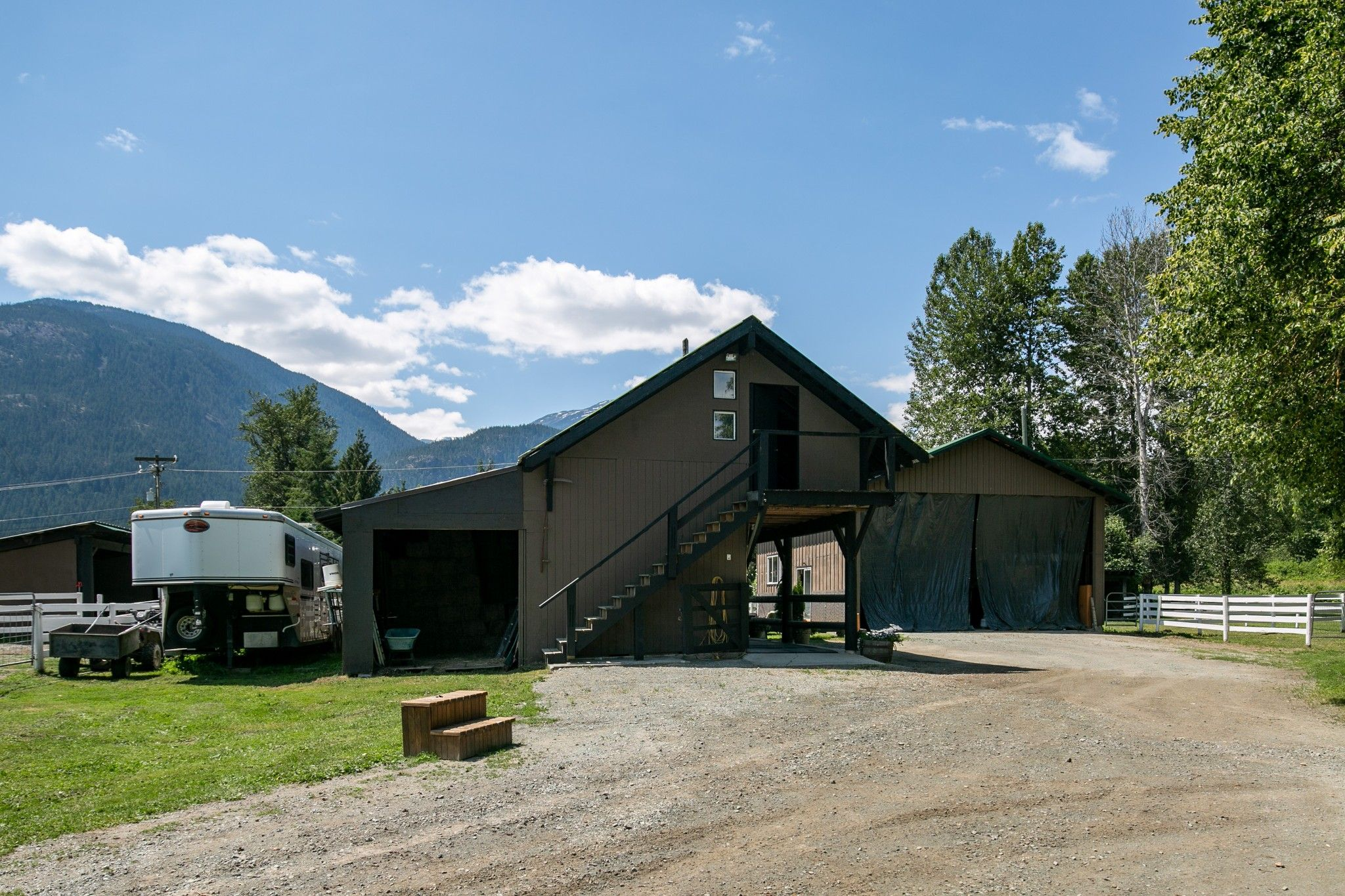 Photo 31: Photos: 1527 Fraser Road in Pembertin: House for sale