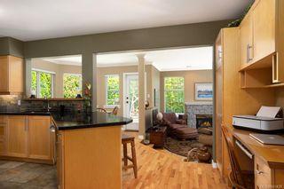 Photo 7: 1415 Oliver St in Oak Bay: OB South Oak Bay House for sale : MLS®# 841439