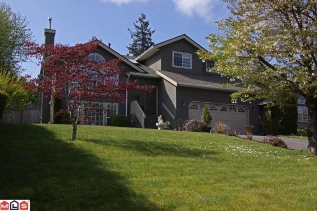 Main Photo: 15296 28A AV in Surrey: House for sale : MLS®# F1111657