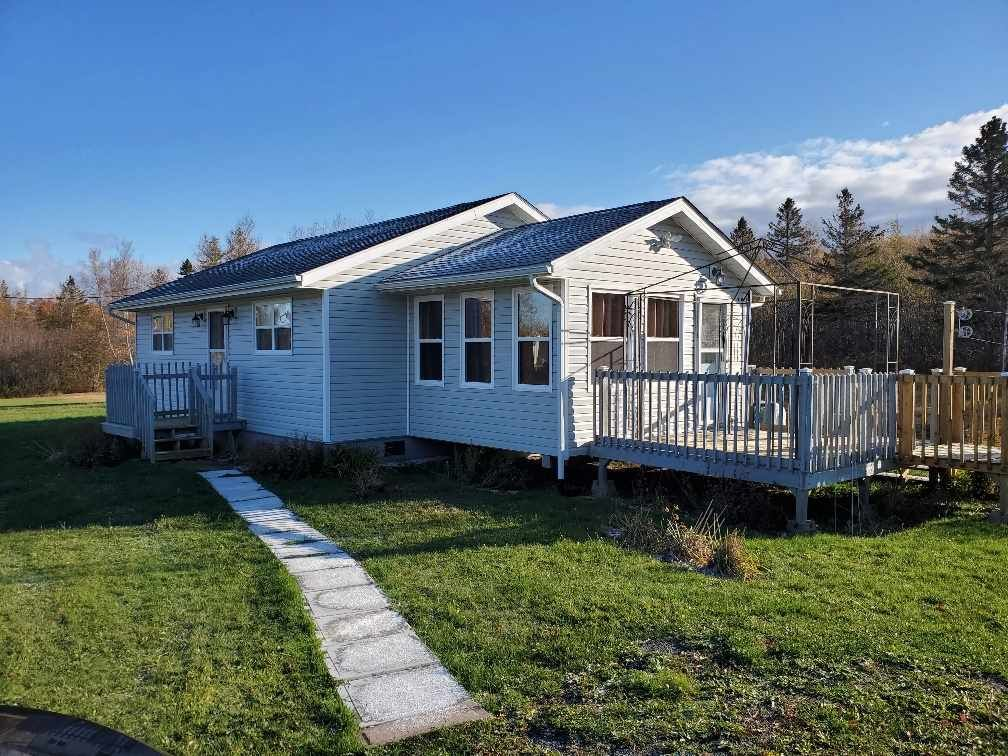 Main Photo: 68 Brundage Lane in Tidnish: 102N-North Of Hwy 104 Residential for sale (Northern Region)  : MLS®# 202022999