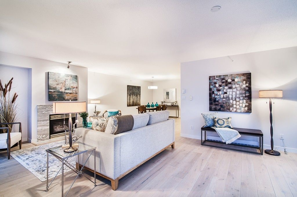 """Photo 11: Photos: 1901 837 W HASTINGS Street in Vancouver: Downtown VW Condo for sale in """"TERMINAL CITY CLUB"""" (Vancouver West)  : MLS®# R2134243"""