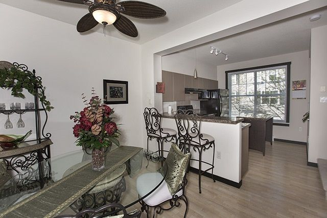 """Photo 5: Photos: 39 15075 60 Avenue in Surrey: Sullivan Station Townhouse for sale in """"NATURE'S WALK"""" : MLS®# R2052983"""