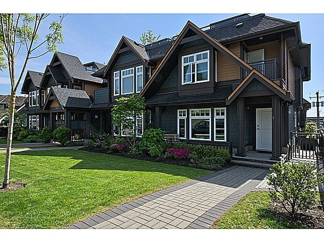 Main Photo: # 1 263 E 5TH ST in North Vancouver: Lower Lonsdale Condo for sale : MLS®# V1063605