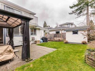 """Photo 3: 5 11534 207 Street in Maple Ridge: Southwest Maple Ridge Townhouse for sale in """"Brittany Court"""" : MLS®# R2439867"""