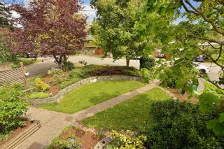 Photo 2: 4026 McLellan St in : SW Glanford House for sale (Saanich West)  : MLS®# 875064