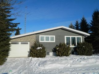 Photo 1: 820 Main Street in Zenon Park: Residential for sale : MLS®# SK844262