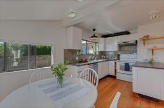 Photo 10: 111 Thulin St in Campbell River: CR Campbell River Central House for sale : MLS®# 884273