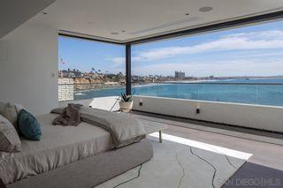 Photo 13: House for sale : 4 bedrooms : 311 Sea Ridge Dr in La Jolla