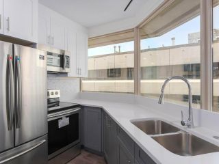 """Photo 1: 911 1177 HORNBY Street in Vancouver: Downtown VW Condo for sale in """"LONDON PLACE"""" (Vancouver West)  : MLS®# R2403414"""