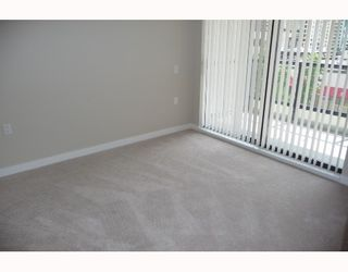"""Photo 8: 313 7088 SALIBURY BB in Burnaby: VBSHG Condo for sale in """"WEST"""" (Burnaby South)  : MLS®# V716077"""
