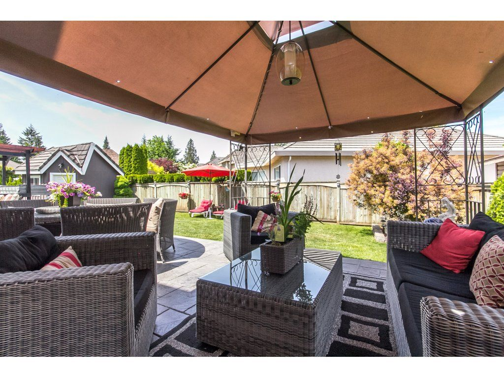 "Photo 55: Photos: 21113 44A Avenue in Langley: Brookswood Langley House for sale in ""CEDAR RIDGE"" : MLS®# R2173937"