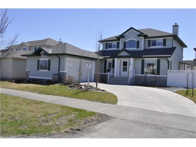 Welcome to this Lovely Former Showhome!