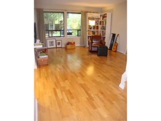 """Photo 6: 7103 CAMANO ST in Vancouver: Champlain Heights Condo for sale in """"SOLAR WEST"""" (Vancouver East)  : MLS®# V943622"""