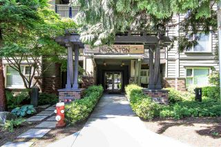 """Photo 17: 402 808 SANGSTER Place in New Westminster: The Heights NW Condo for sale in """"THE BROCKTON"""" : MLS®# R2077113"""