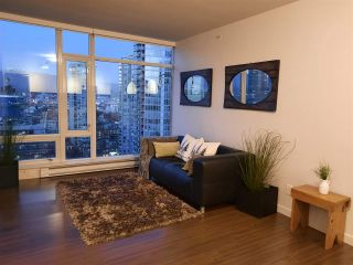 "Photo 8: 2301 161 W GEORGIA Street in Vancouver: Downtown VW Condo for sale in ""COSMO/DOWNTOWN"" (Vancouver West)  : MLS®# R2556752"