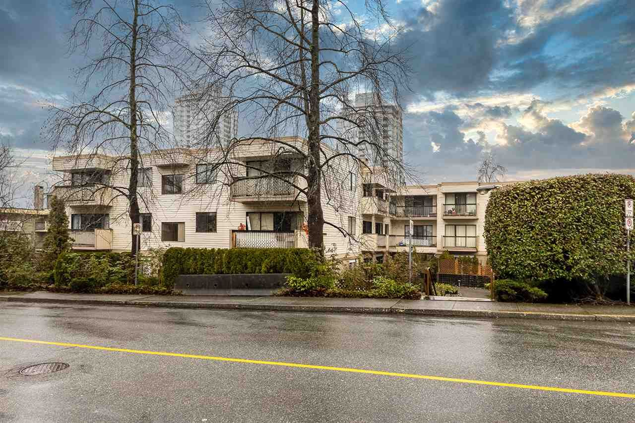 """Main Photo: 315 590 WHITING Way in Coquitlam: Coquitlam West Condo for sale in """"Balmoral Terrace"""" : MLS®# R2459730"""