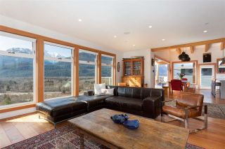 Photo 14: 1982 DOWAD Drive in Squamish: Tantalus House for sale : MLS®# R2553692