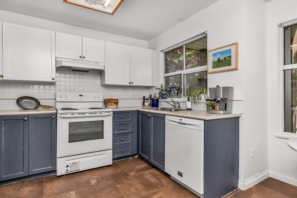 """Photo 16: Photos: 79 12099 237 Street in Maple Ridge: East Central Townhouse for sale in """"GABRIOLA"""" : MLS®# R2583768"""
