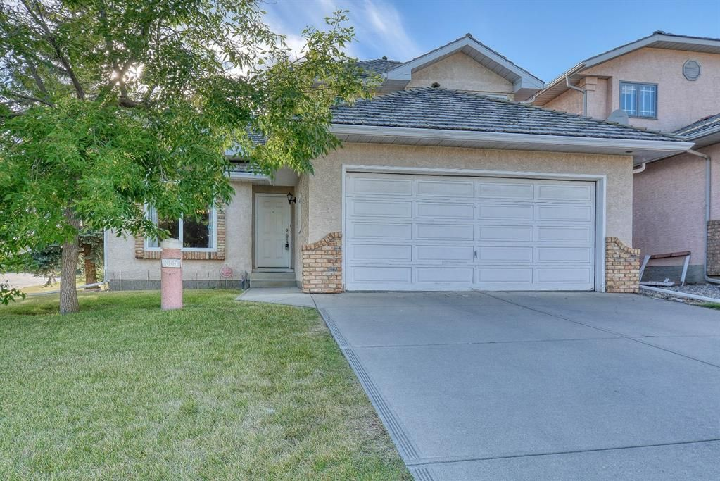 Main Photo: 355 HAMPSHIRE Court NW in Calgary: Hamptons Detached for sale : MLS®# A1053119