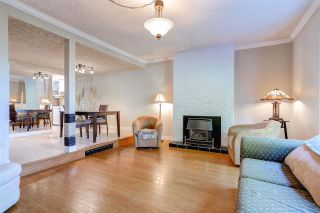 Photo 4: 553 IOCO ROAD in Port Moody: North Shore Pt Moody Townhouse for sale : MLS®# R2053641