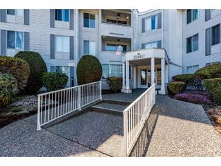 "Photo 3: 107 32950 AMICUS Place in Abbotsford: Central Abbotsford Condo for sale in ""Haven"" : MLS®# R2566558"