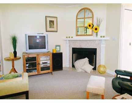 """Main Photo: 55 98 BEGIN ST in Coquitlam: Maillardville Townhouse for sale in """"LE-PARC"""" : MLS®# V598311"""