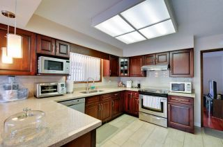 Photo 8: 4297 ATLEE AVENUE in Burnaby: Deer Lake Place House for sale (Burnaby South)  : MLS®# R2009771