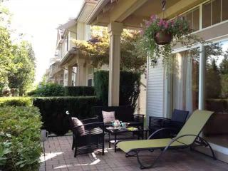 """Photo 30: 32 3405 PLATEAU Boulevard in Coquitlam: Westwood Plateau Townhouse for sale in """"PINNACLE RIDGE"""" : MLS®# R2618663"""