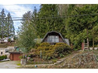 Photo 8: 1420 PIPELINE Road in Coquitlam: Hockaday House for sale : MLS®# R2566981
