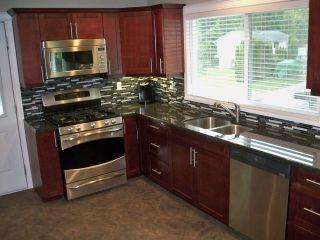Photo 9: 26836 33RD AV in Langley: Aldergrove Langley House for sale : MLS®# F1413592