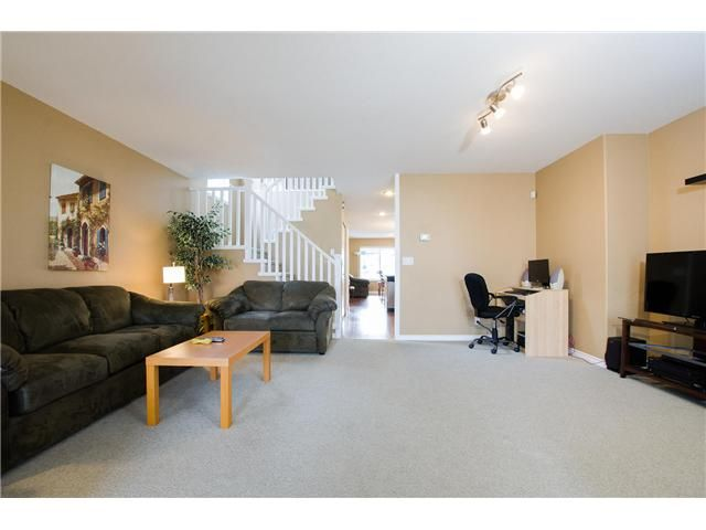 Photo 4: Photos: 34626 5TH Avenue in Abbotsford: Poplar House for sale : MLS®# F1434523