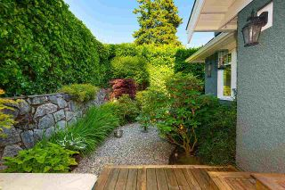 """Photo 37: 2623 LAWSON Avenue in West Vancouver: Dundarave House for sale in """"Dundarave"""" : MLS®# R2591627"""