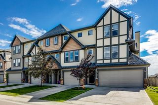 Photo 1: 14 Everridge Common SW in Calgary: Evergreen Row/Townhouse for sale : MLS®# A1120341