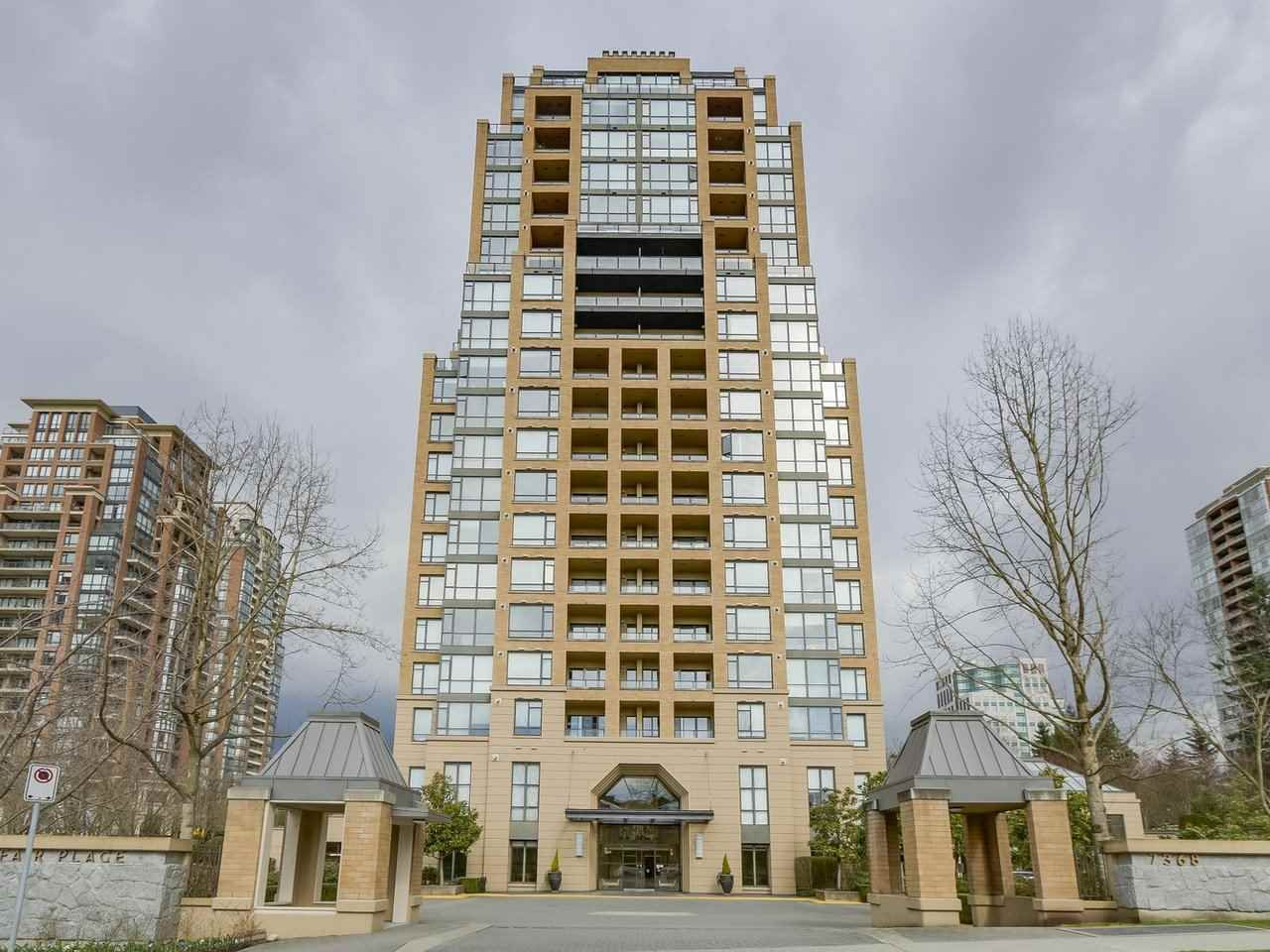 """Main Photo: 408 7368 SANDBORNE Avenue in Burnaby: South Slope Condo for sale in """"MAYFAIR 1"""" (Burnaby South)  : MLS®# R2380990"""