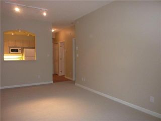 """Photo 4: 414 3600 WINDCREST Drive in North Vancouver: Roche Point Condo for sale in """"WINDSONG"""" : MLS®# V917137"""