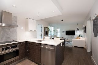 """Photo 6: 528 1783 MANITOBA Street in Vancouver: False Creek Condo for sale in """"Residences at West"""" (Vancouver West)  : MLS®# R2595306"""