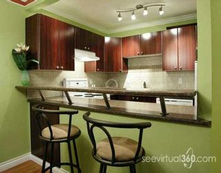 "Photo 1: 436 7TH Street in New Westminster: Uptown NW Condo for sale in ""Regency Court"" : MLS®# V620922"