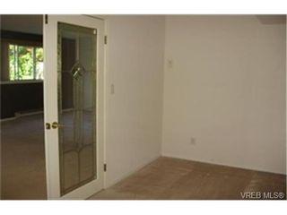 Photo 6:  in VICTORIA: SE Quadra Condo for sale (Saanich East)  : MLS®# 442034