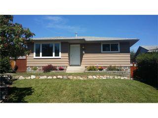 Photo 1: 136 Dover Ridge Bay SE in Calgary: Dover Glen House for sale : MLS®# C4024138