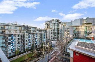 "Photo 24: 907 38 W 1ST Avenue in Vancouver: False Creek Condo for sale in ""The One"" (Vancouver West)  : MLS®# R2552477"