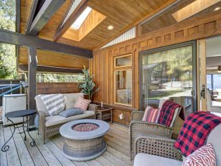Photo 10: 7117 SECHELT INLET Road in Sechelt: Sechelt District House for sale (Sunshine Coast)  : MLS®# R2578615
