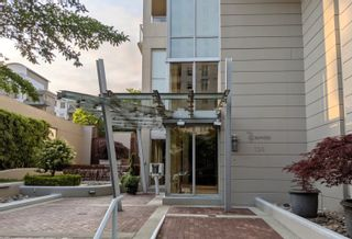 """Main Photo: 903 120 W 16TH Street in North Vancouver: Central Lonsdale Condo for sale in """"SYMPHONY"""" : MLS®# R2628322"""